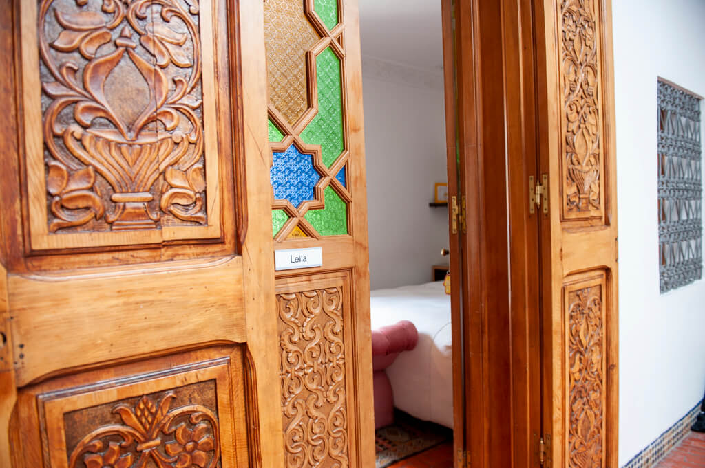 blanco_riad_leila_wood_doors